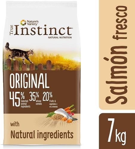Alimento seco para gatos adultos esterilizados True Instinct Original
